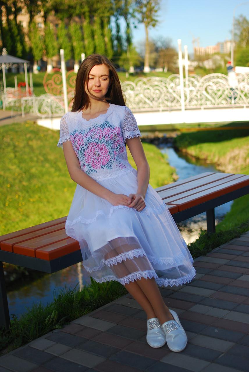 Нарядна сукня для юної дівчини
