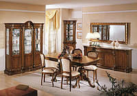 BTC Melograno Столовая OLIMPIA: Витрина, Креденс с зеркалом, угловая витрина, стол раскладной, стулья. Натуральное дерево.