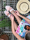 Женские модные босоножки с натуральным мехом пудрового цвета, фото 2