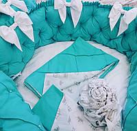 """Бортики-защита """"Бантики"""" в круглую кроватку + комплект постельного белья"""