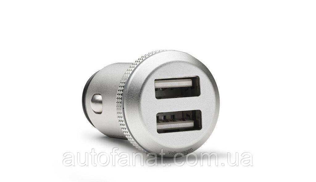 Оригинальный адаптер для зарядки от порта USB Volkswagen (000051443D)