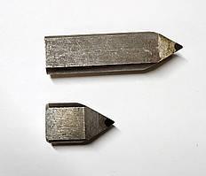 Вставка для резьбового резца 601201 (осн. Гексанитом-Р) D-8 мм. L-15 мм.