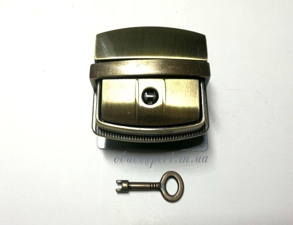 Замок сумочный, портфельный клавишный под ключик 44*43 мм Тертый антик