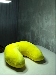 Подушка под голову клиента(махра) желтая в форме подковы