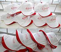 Печать текста, логотипа на кепках