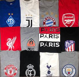 Футболки з принтами клубних логотипів