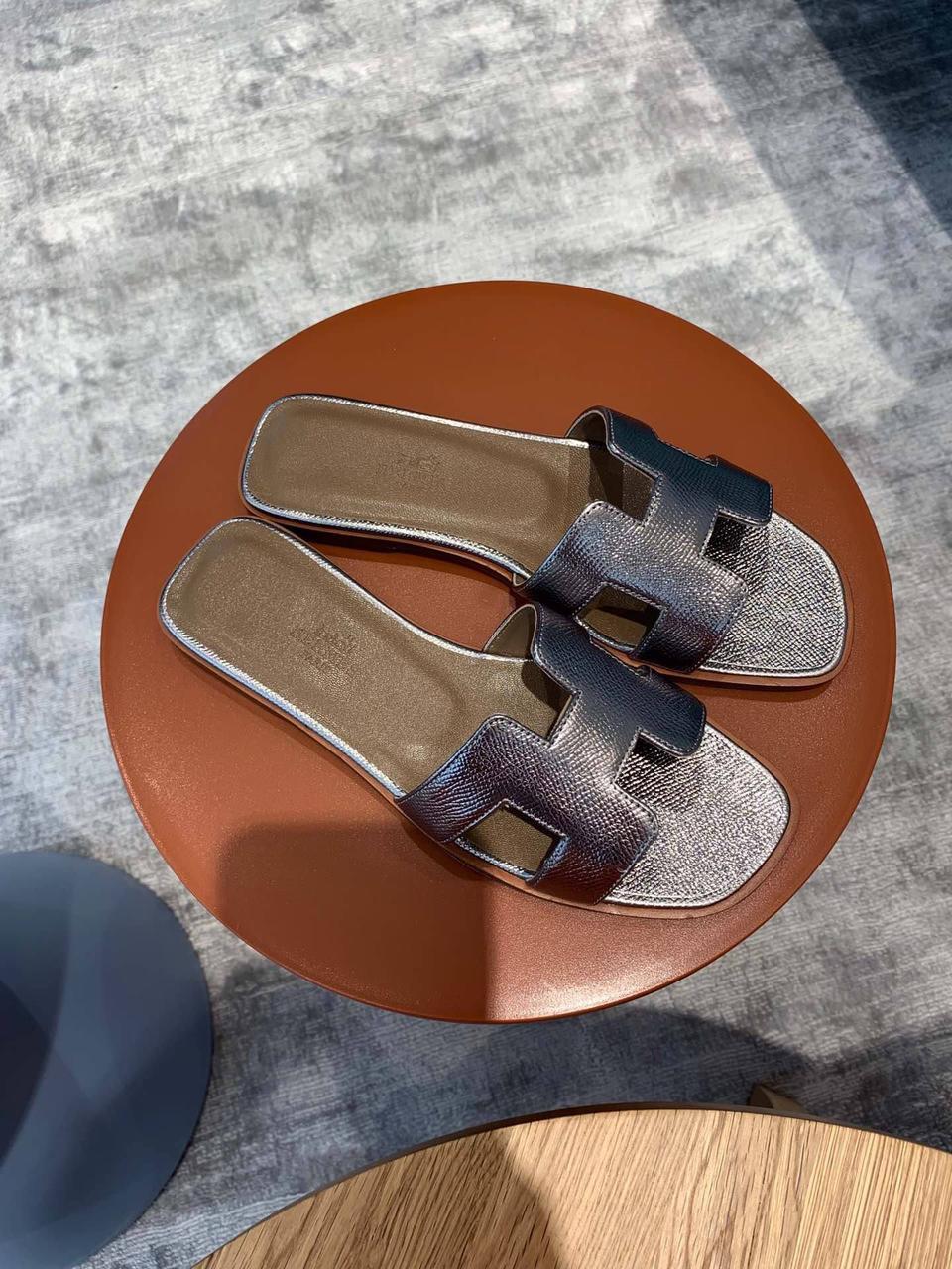 Шлепанцы Hermès женские
