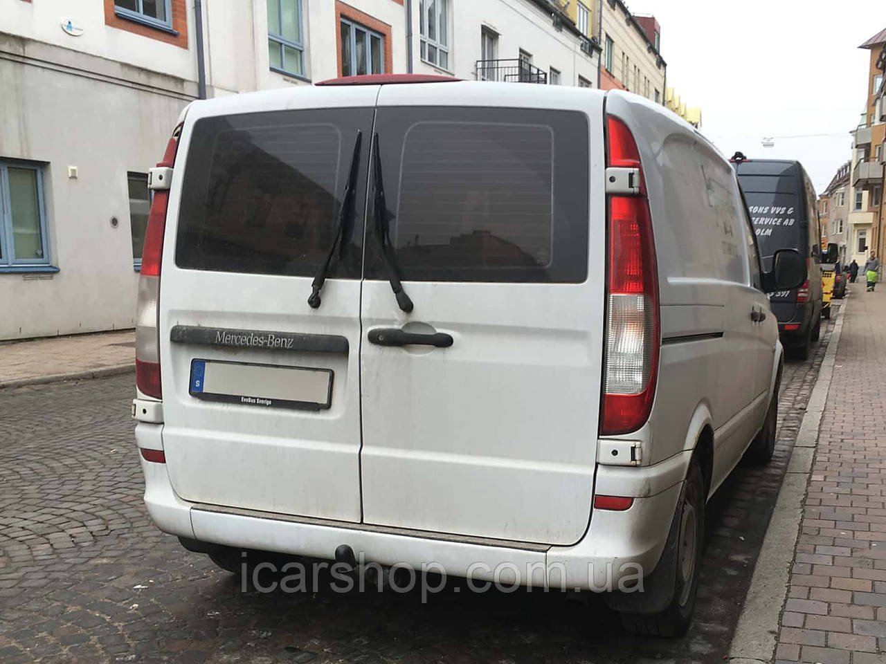 Скло Mercedes Vito II W639 (Viano) 03 - тил правий без електро обігрівача SG