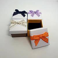Подарочная коробочка с бантом для ювелирных изделий