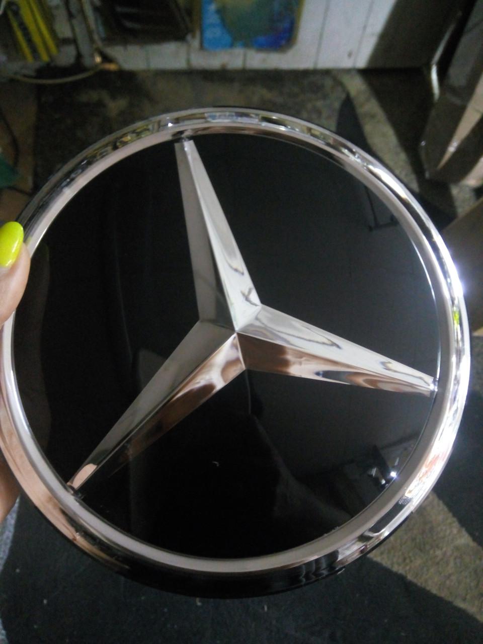 Стеклянная эмблема  на MERCEDES  18 см