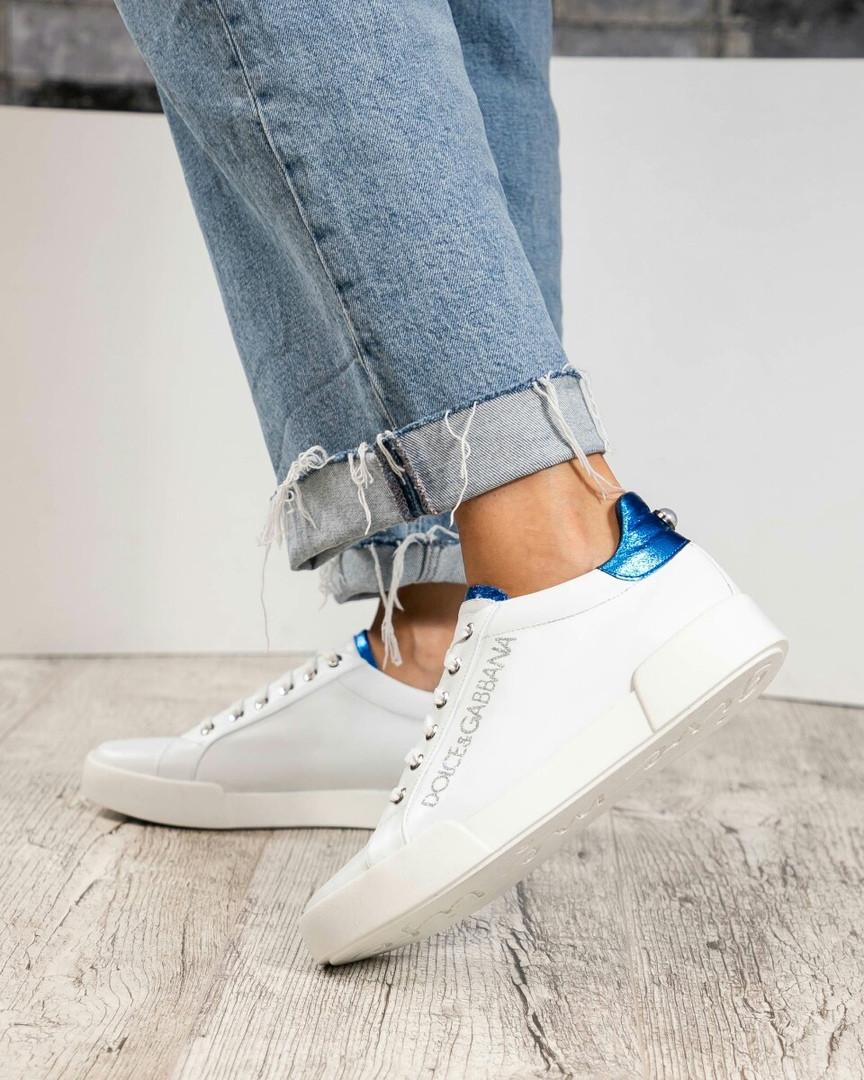 Кеды на шнуровке  с синей отделкой на пятке