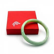 Нефритовый наручный браслет