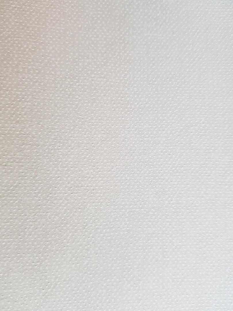 Обои флизелиновые  Khroma ALL908 LA VIE EN ROSE однотонные белые