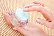 Суха шкіра рук. Методи позбавлення від сухості шкіри рук