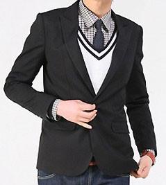 Пиджак черный на мальчика