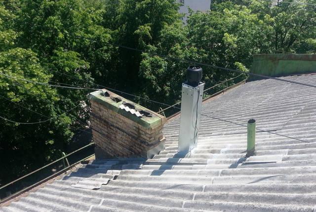 Установка вентилятора для квартиры на крыше 5-ти этажного дома.