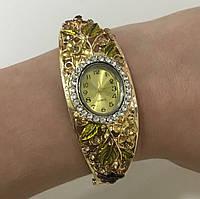 Кварцовий наручний годинник з квітковим орнаментом