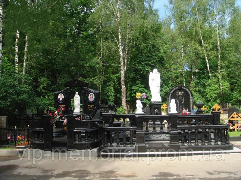 Памятник гранитный Г-672