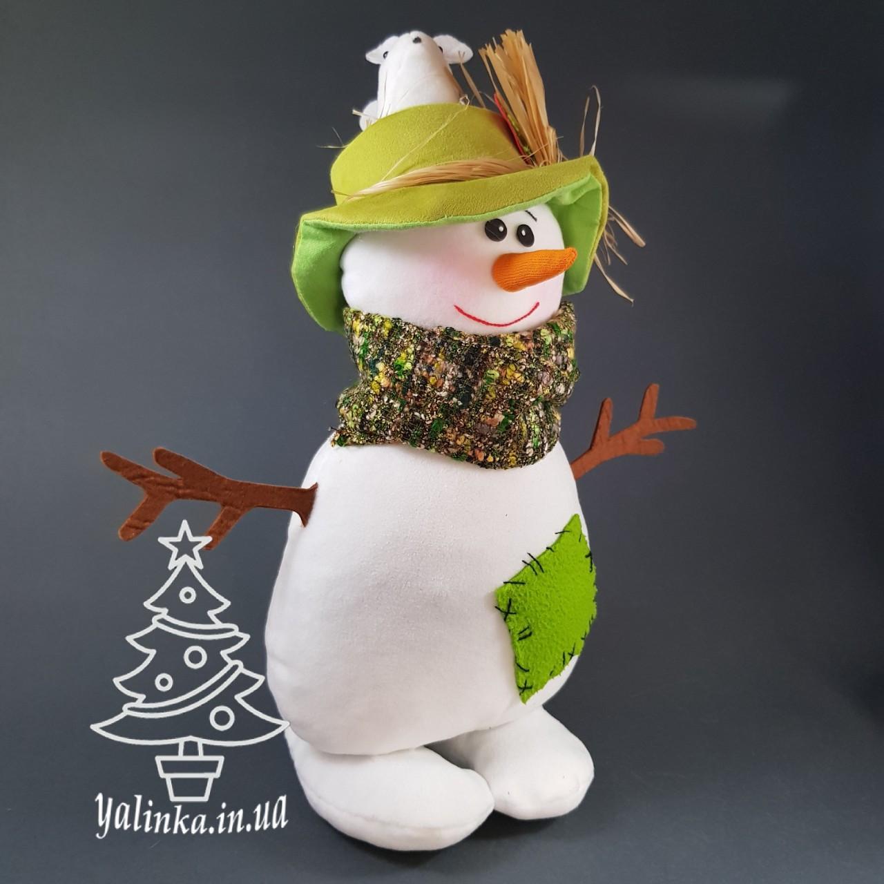 Мягкая новогодняя игрушка Снеговик с мышами в шляпе 35 см