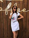 Женское платье-футболка с карманами и актуальными принтами, фото 3