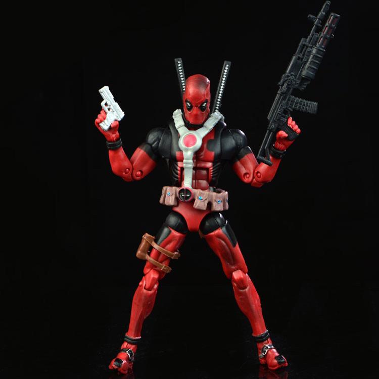 Реалістична фігурка Дэдпула з набором аксесуарів - Deadpool, Marvel, 15СМ