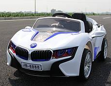 Детский Электромобиль BMW М 2510 белый со встроенным планшетом, колеса EVA, амортизаторы и пульт BlueTooth, фото 3