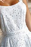 Свободный летний сарафан миди из прошвы белый, фото 6