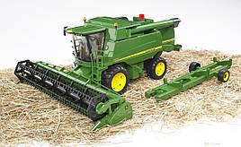 Іграшка Bruder Комбайн зернозбиральний John Deere T670 i 1:16 (02132)