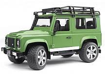 Игрушка Bruder Внедорожник Land Rover Defender 1:16  (02590)