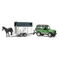 Игрушка Bruder Внедорожник Land Rover Defender с прицепом-коневозкой и лошадью 1:16  (02592)