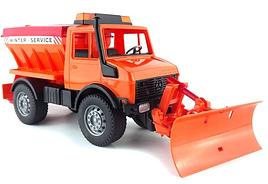 Іграшка Bruder снігоприбиральна машина MB Unimog 1:16 (02572)