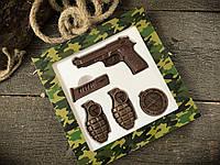 Шоколадный набор Пистолет и гранаты