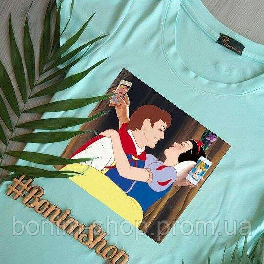 Мятная женская футболка с цветным принтом Bad Snow White