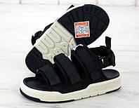 Женские сандали New Balance Sandals черные с белым