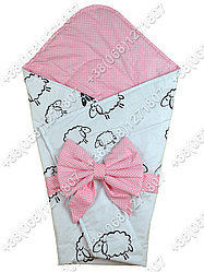 Летний конверт на выписку Барашки белый с розовым
