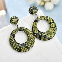 Серьги гвоздики кольца без камней змеиный принт