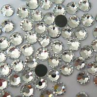 Стразы Сrystalline hotfix.Crystal ss8(2,5mm).Упаковка 100шт.