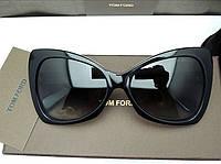 Солнцезащитные очки Tom Ford 175 black