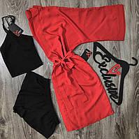 Красный халат и черная пижама- комплект одежды для дома.