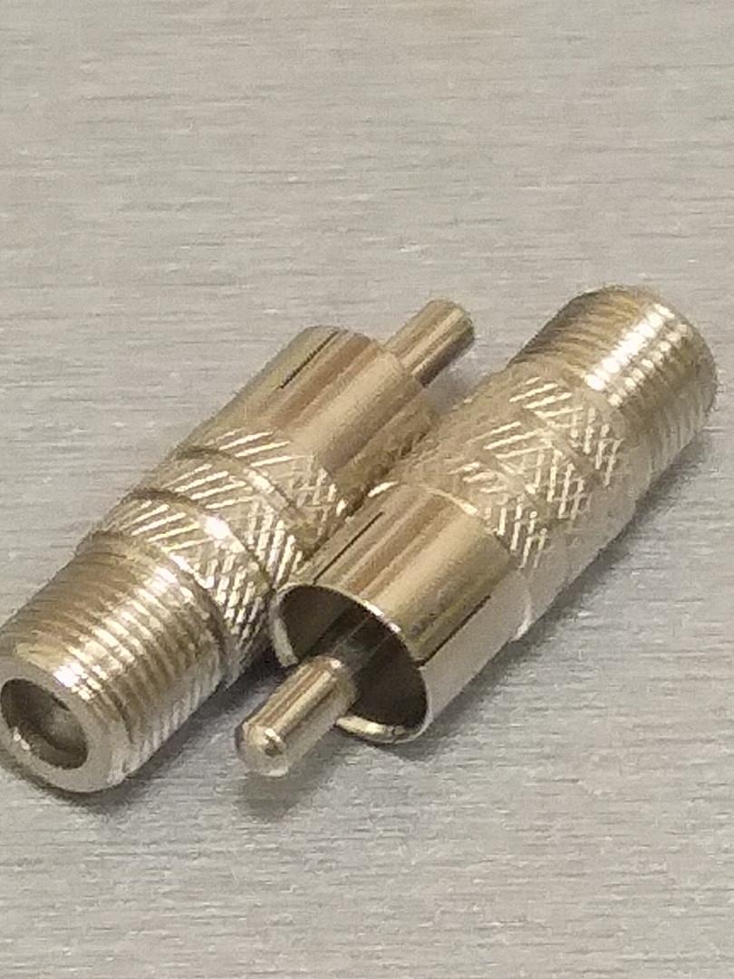 Штекер RCA - Гнездо F Металл