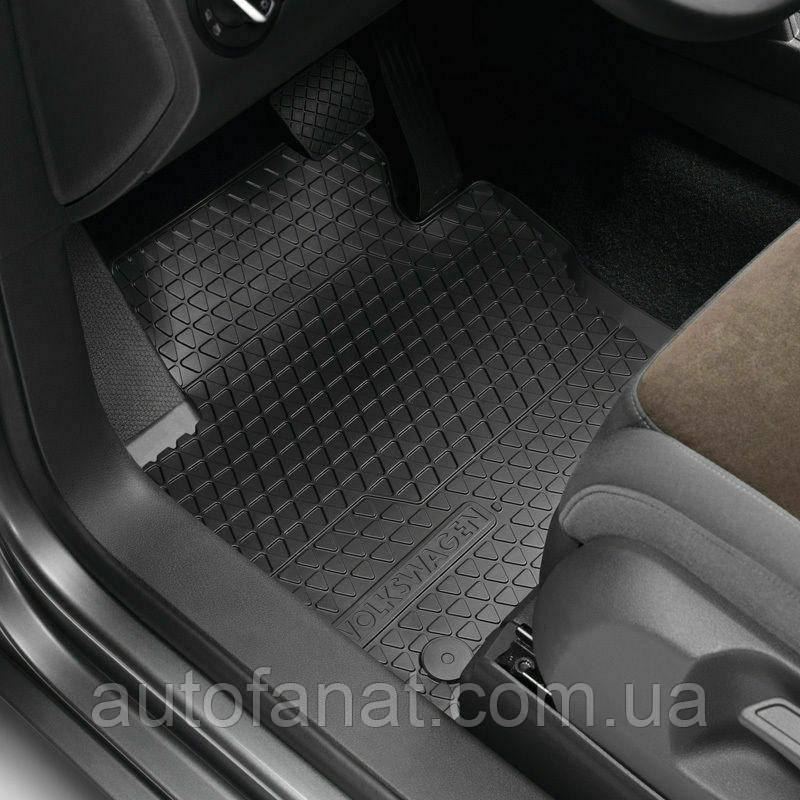 Передні гумові килимки в салон Volkswagen Caddy 2008-2010, Caddy 2011-н. в. (тип Б) (2K1061501041)