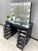 Визажный стол