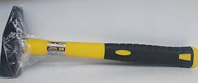 Молоток Сталь с ручкой из стекловолокна 0.5 кг (арт. 44005)
