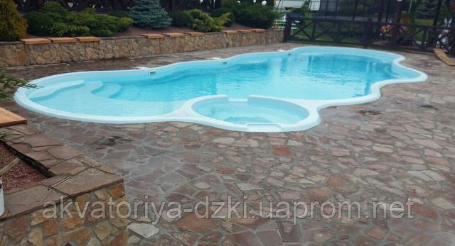 Самый большой «цельнолитой» стекловолоконный бассейн в СНГ и Европе!!! В Киеве!