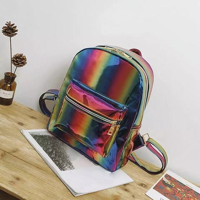 Радужный рюкзак спереди