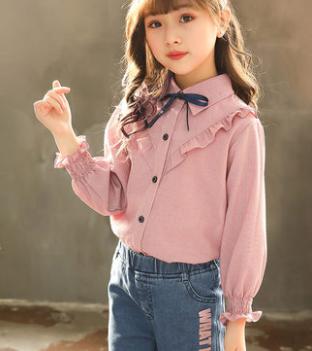 Детская рубашка на девочку с воланами