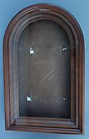Киот арочный с деревянным багетом.
