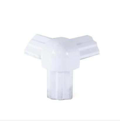 Стык тройной белый для торгового алюминиевого профиля