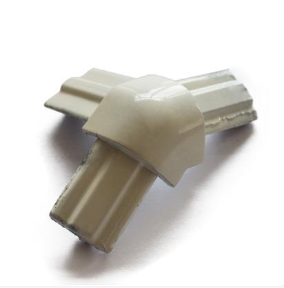 Стык тройной 135 град. белый для торгового алюминиевого профиля, фото 2
