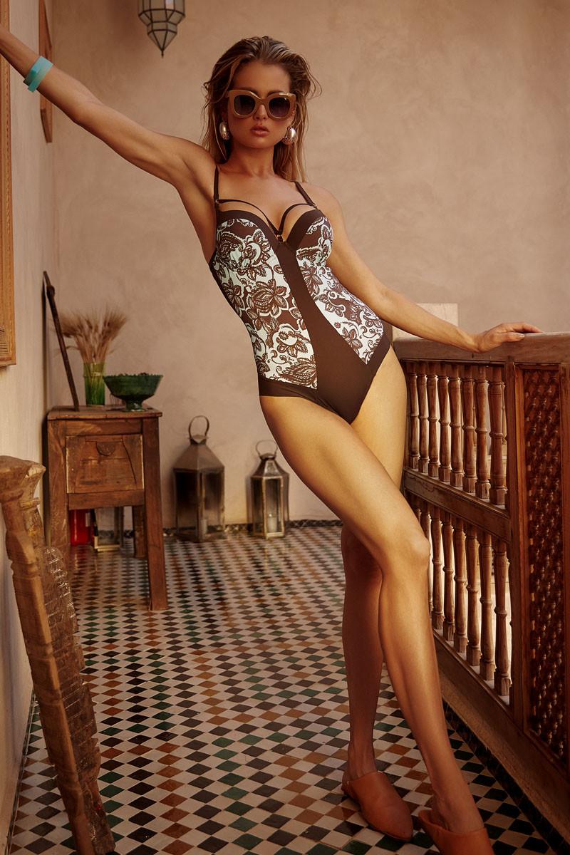 Купальник сдельный классический цвет шоколадный с мятным  размеры 44 46 чашка Д( укр)